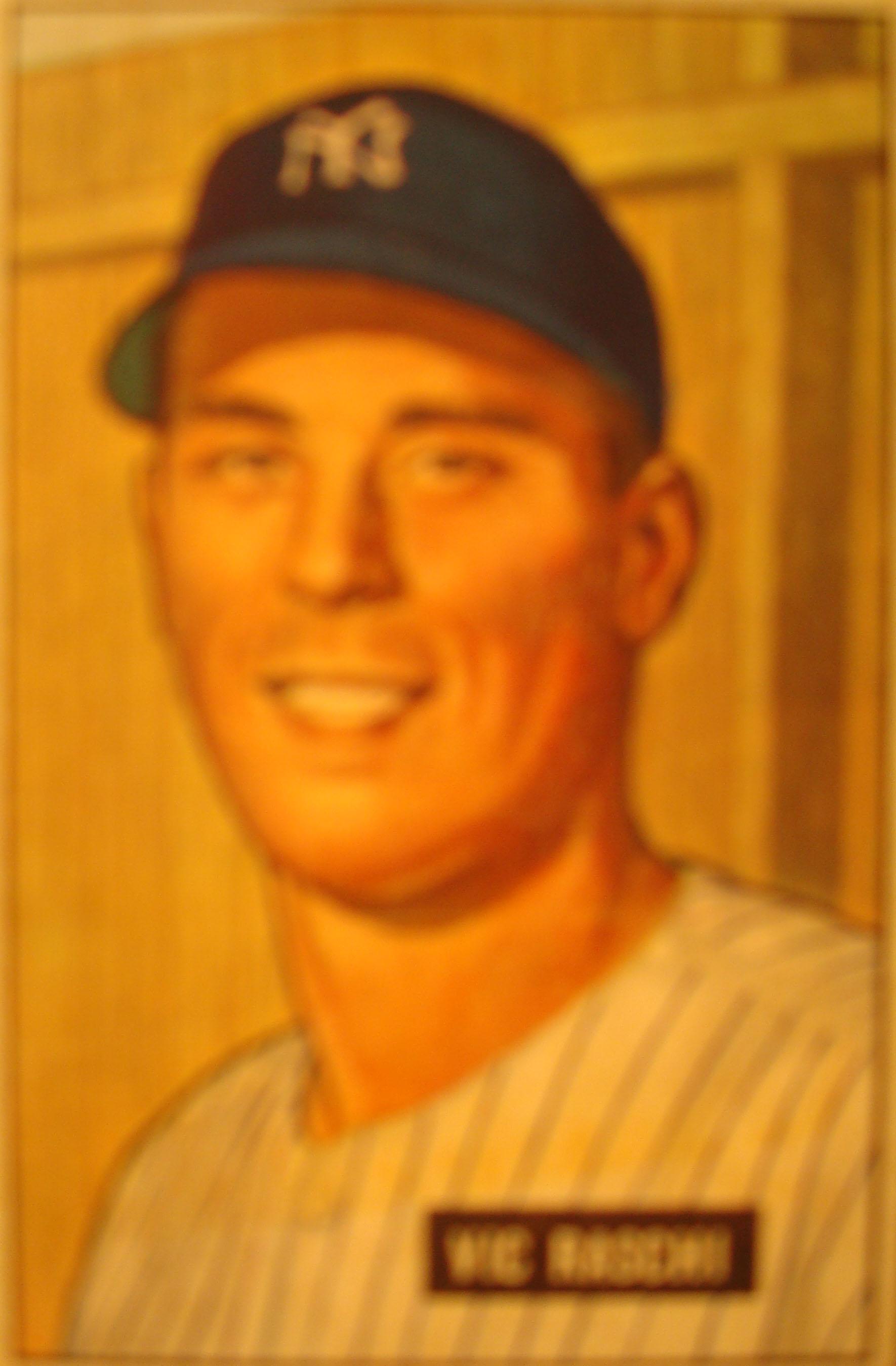 Original Baseball Card 1951 Bowman New York Yankees P Vic Raschi