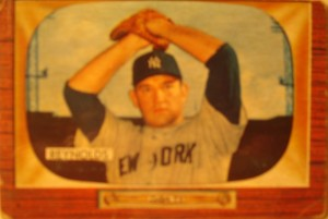 Original Baseball Card 1955 Bowman New York Yankees P Johnny Sain