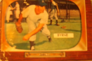 Original Baseball Card 1955 Bowman New York Yankees P Tommy Byrne