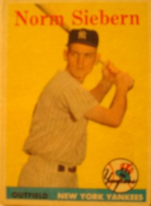 Original Baseball Card 1958 Topps New York Yankees OF Norm Siebern