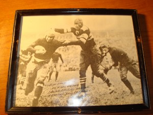 Original Picture 1915 NFL Canton Bulldogs All Pro RB & DB Jim Thorpe bringing down a Massillon Tiger