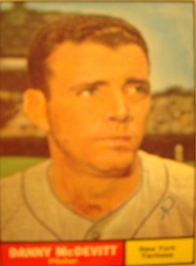 MLB - Original Baseball Card 1961 NY Yankees P Danny McDevitt