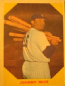 MLB - Original Baseball Card 1961 remake of 1949 NY Yankees 1B Johnny Mize
