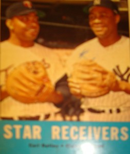 MLB - Original Baseball Card 1962 World Series Star Receivers Giants C Tom Haller & Yanks C Elston Howard