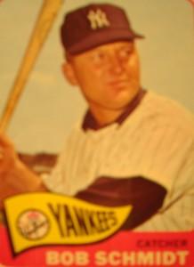 MLB - Original Baseball Card 1965 New York Yankees C Bob Schmidt