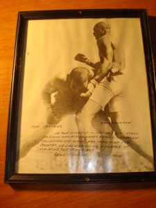 Original Picture July 4, 1910 World Heavyweight Boxing Championship featuring Jim Jeffries & Jack Johnson from Las Vegas Nevada as Johnson takes the title with a KO in 15th round.