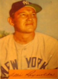 Original Baseball Card 1954 Bowman New York Yankees P Allie Reynolds