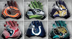 Photo of An NFL Love Story With Gloves Being Worn By Players For The 1st Time