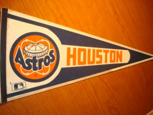 MLB - Official Pennant 1986 National League Western Division Champions Houston Astros with Mgr Hal Lanier and Pitcherrs Nolan Ryan and Mike Scott
