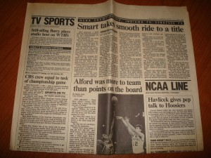 NCAAM - Original, Tuesday, March 31, 1987 Edition of USA Today Sports Page featuring articles on Keith Smart, Steve Alford, John Havlicek and Rick Barry