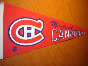 NHL - Official Pennant 1986 Stanley Cup Champions Montreal Canadiens coached by Jean Perron with MVP Goalie Patrick Roy