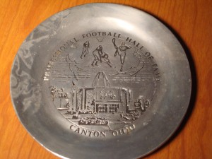 Official 1971 Pewter Plate Commerating the NFL Hall of Fame in Canton, OH