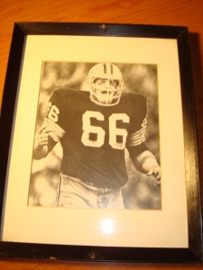 Original Picture 5 Time NFL Champion & 2 Time Super Bowl Champion Green BAy Packers Middle Linebacker Ray Nitschke with all of his intimidation