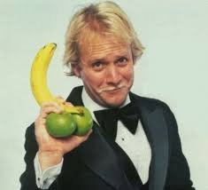 Photo of Comedian Martin Mull Sings I'm Gonna Hate Myself In The Morning If I Have To Love Myself Tonight