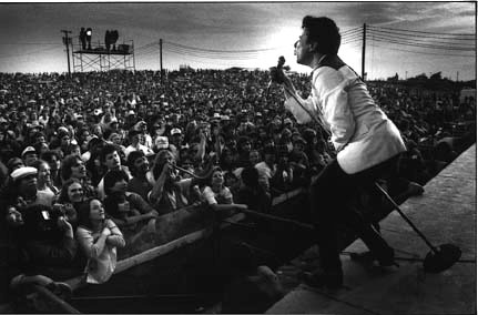 Photo of Joe Ely Live at ACL sings Down on the Drag & Annie Been Working On the Midnight Shift & Suckin on a Bottle of Gin