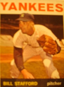 MLB - Original Baseball Card 1964 New York Yankees P Bill Stafford