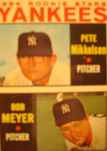 MLB - Original Baseball Card 1964 New York Yankees Rookie Stars Pitchers Pete Mikkelsen & Bob Meyer
