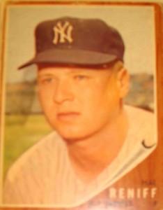 MLB - Original Topps Baseball Card 1962 NY Yankees P Hal Reniff