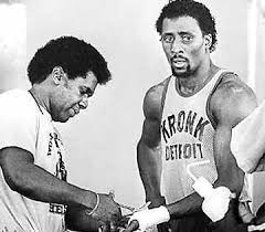 Photo of Boxing – 12 Rnd WBA Welterwt Title – Champ Thomas Hearns  VS Randy Shields