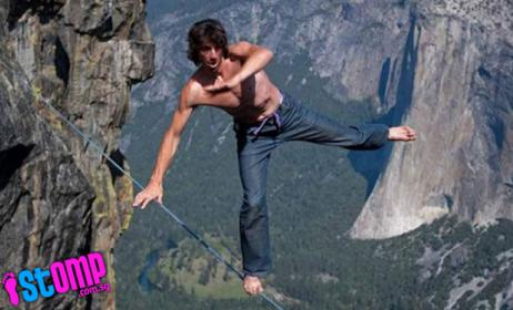 Photo of HBO Daredevils – Buddy Hooker Helicopter Jump & Henry Lamont 45′ High Dive In 12″ H2O