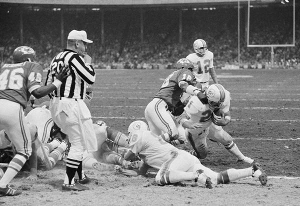 Photo of NFL – Hilites – 1971 AFC Divisional Playoffs – Dolphins VS Chiefs – Part 2