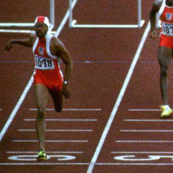 Photo of Olympics – 1984 Los Angeles – Track – Mens 110m Hurdles – Heats – USA Tonie Campbell