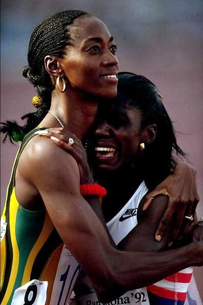 Photo of Olympics – 1984 Los Angeles – Track – Womens 200m – 2nd Heat – JAM Grace Jackson & USA Randy Givens
