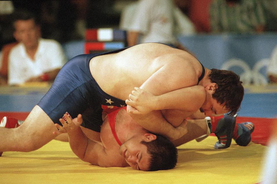 Photo of Olympics – 1984 Los Angeles – Wrestling – Freestyle 100+ Gold Match – USA Bruce Baumgartner VS CAN Bob Molle
