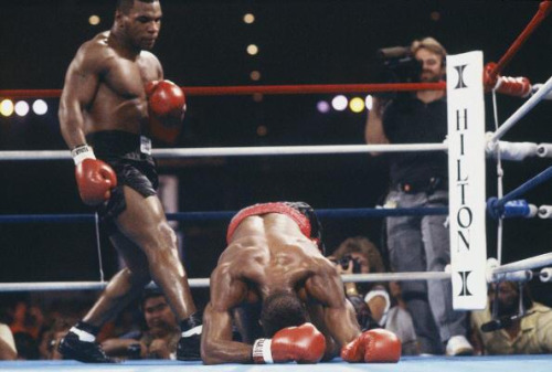 Photo of Boxing – Heavyweight Bout – Mike Tyson VS Cruiserwt Champ Alfonso Ratliff