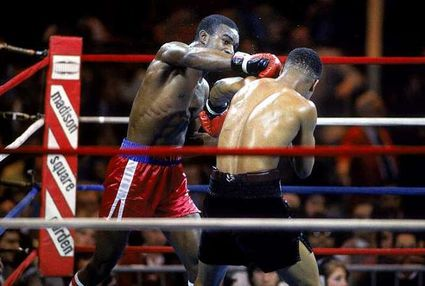 Photo of Boxing – Light Heavyweight Bout – Evander Holyfield VS Lionel Byarm