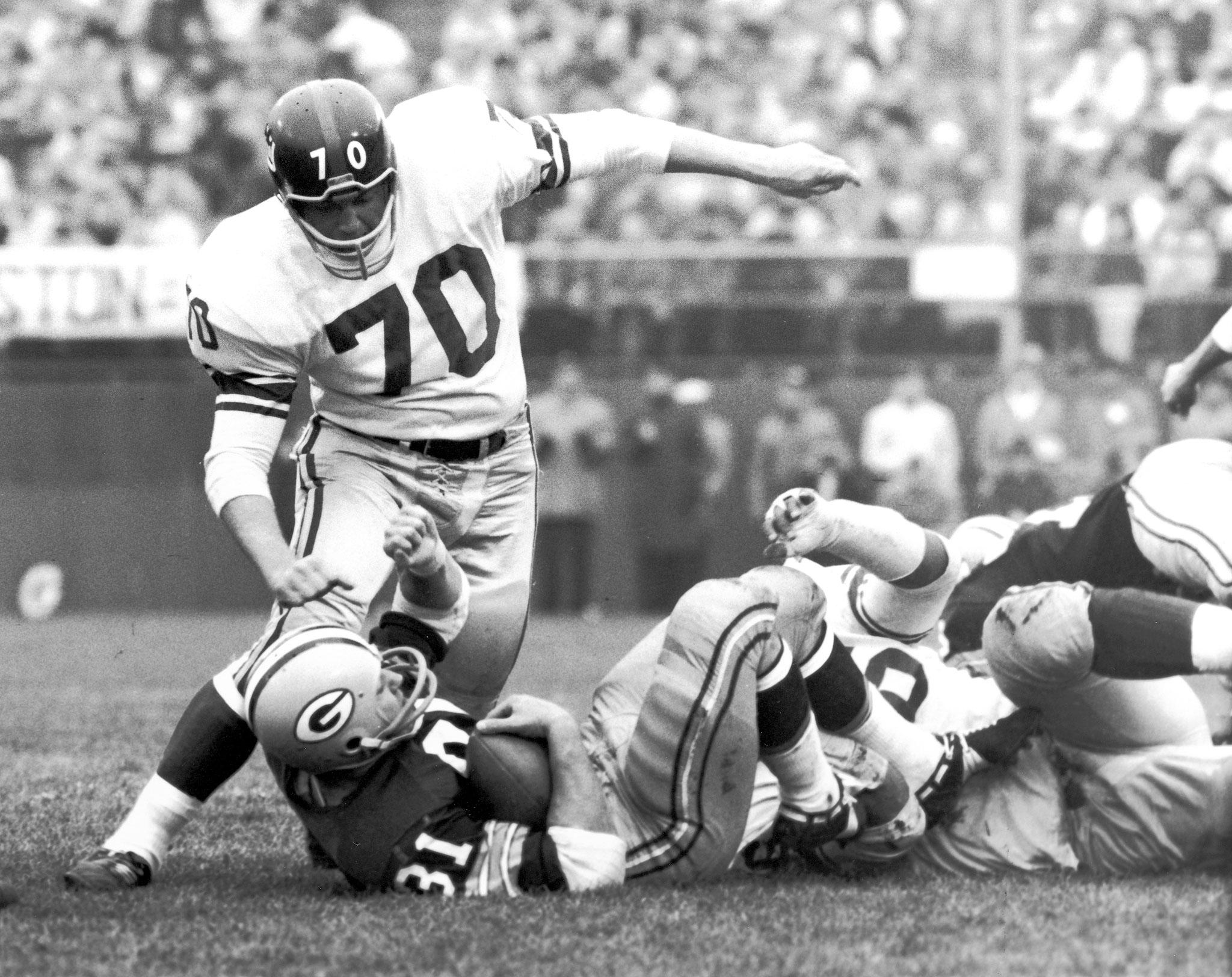 Photo of NFL – Hardest Hits Hardest Hitters – NY Giants Sam Huff