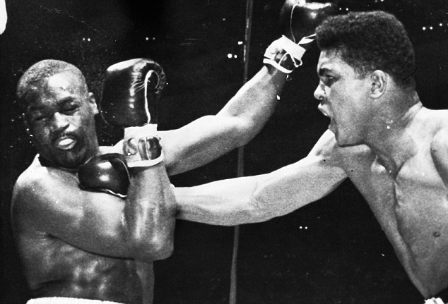 Photo of Boxing – Special – Heavyweight Champions – Cassius Clay – From Olympic Gold To Archie Moore