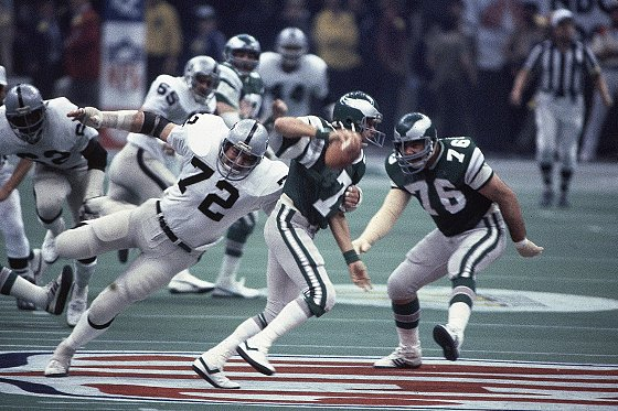 Photo of NFL – 1981 Super Bowl XV – Louisiana Superdome – Oakland Raiders VS Philadelphia Eagles – 1st Qtr