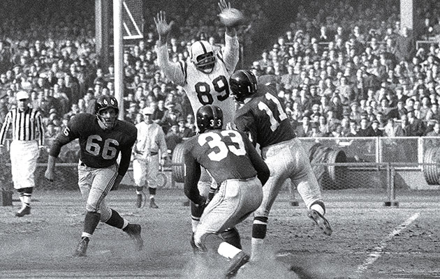 Photo of NFL – Films – Willie The Wisp Galimore & Broadway Joe Namath & 1958 Baltimore Colts Front Four