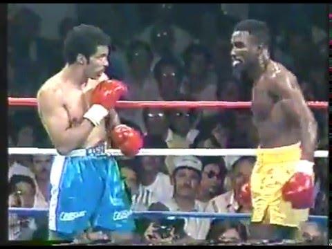 Photo of Boxing – 1987 – 12 Rnd IBF Cruiserweight Championship – Champ Ricky Parkey VS Evander Holyfield
