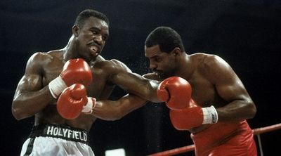 Photo of Boxing – 1988 – 12 Round Undisputed Light Heavyweight Title – Evander Holyfield VS Carlos DeLeon
