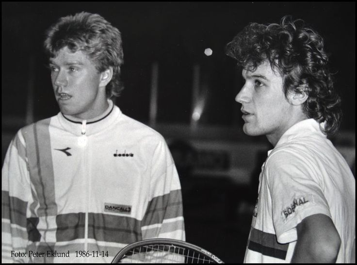 Photo of Tennis 1986 – Wimbledon – Mens Dbls Finals -Wilander & Nystrom VS Fleming & Donnelly