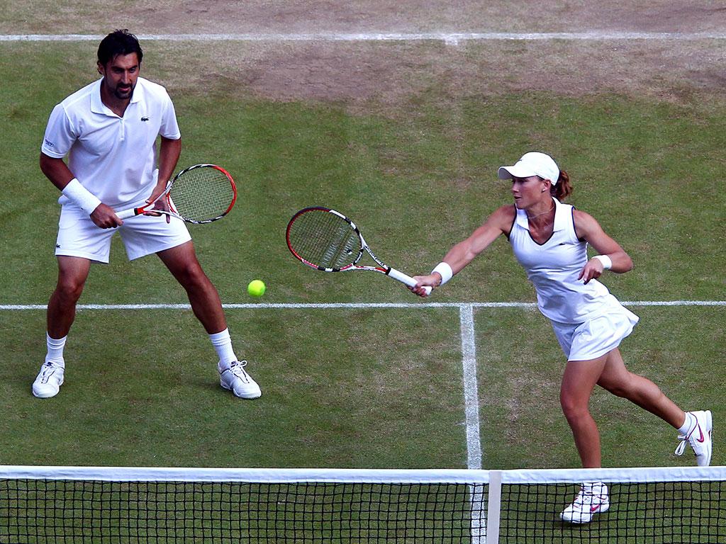 Photo of Tennis – 1986 – Wimbledon – Mixed Dbls Finals – Flach & Jordan VS Guenthardt & Navratilova