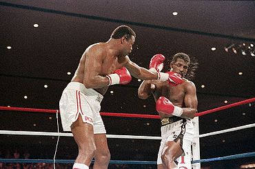 Photo of Boxing – 1986 – IBF Heavyweight Title Fight – Larry Holmes Vs Michael Spinks – Fight II