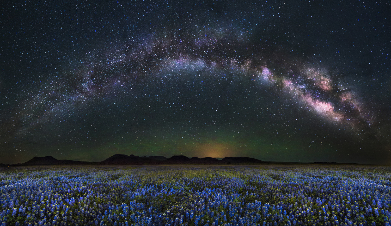 Photo of LE's Stories – Under West Texas Skies At Night You Aint Nuthin But A Popcorn Fart In This Whole Deal