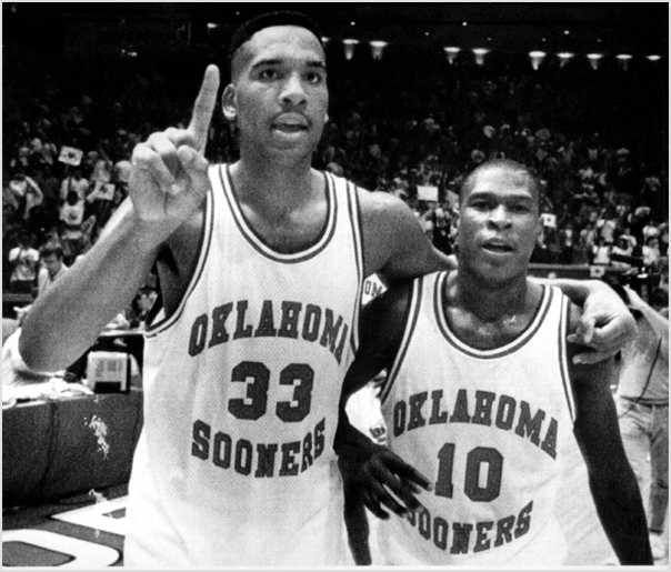 Photo of NCAAM Basketball – 1988 – National Championship Finals – Kansas Jayhawks Vs Oklahoma Sooners