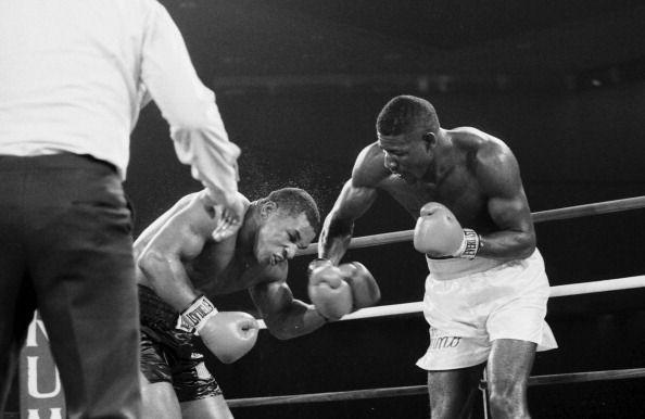 Photo of Boxing – 1986 – HBO Post Fight – 10 Rnd Heavyweight Bout – Iron Mike Tyson VS Jose Ribalta