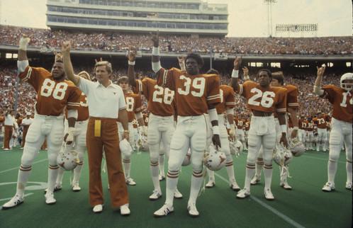 Photo of NCAA Football – 1985 – SWC Game of the Week – Texas Longhorns Vs Arkansas Razorbacks – 1st Qtr