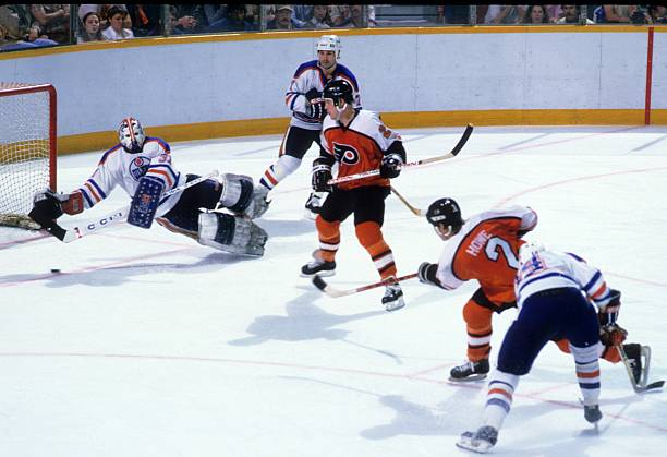 Photo of NHL – 1985 – Stanley Cup Finals – Edmonton Oilers Vs Philadelphia Flyers – Game 4