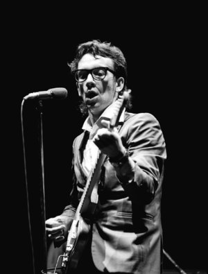 Photo of Music – 1979 – Elvis Costello – Watching The Detectives