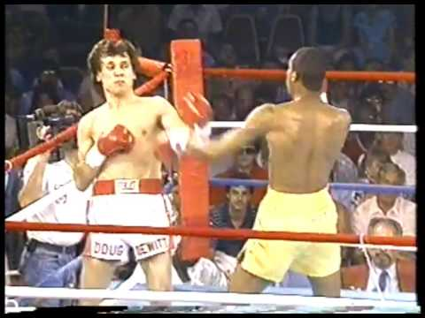 Photo of Boxing – 1986 – 10 Round Middleweight Bout – Milton McCrory Vs Doug DeWitt
