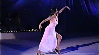 Photo of Figure Skating – 1982 – Peggy Fleming Performance Of A Butterfly Lovers Concerto In China