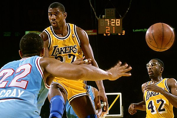 Photo of NBA – 1987 – James Brown PostGame Interview With Magic Johnson – NBA Finals Gme 4 Lakers Vs Celtics