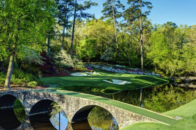 Photo of Golf – 1986 – CBSs Brent Musburger + Al Trautwig + Tom Weiskopf Talk About The Day At The Masters