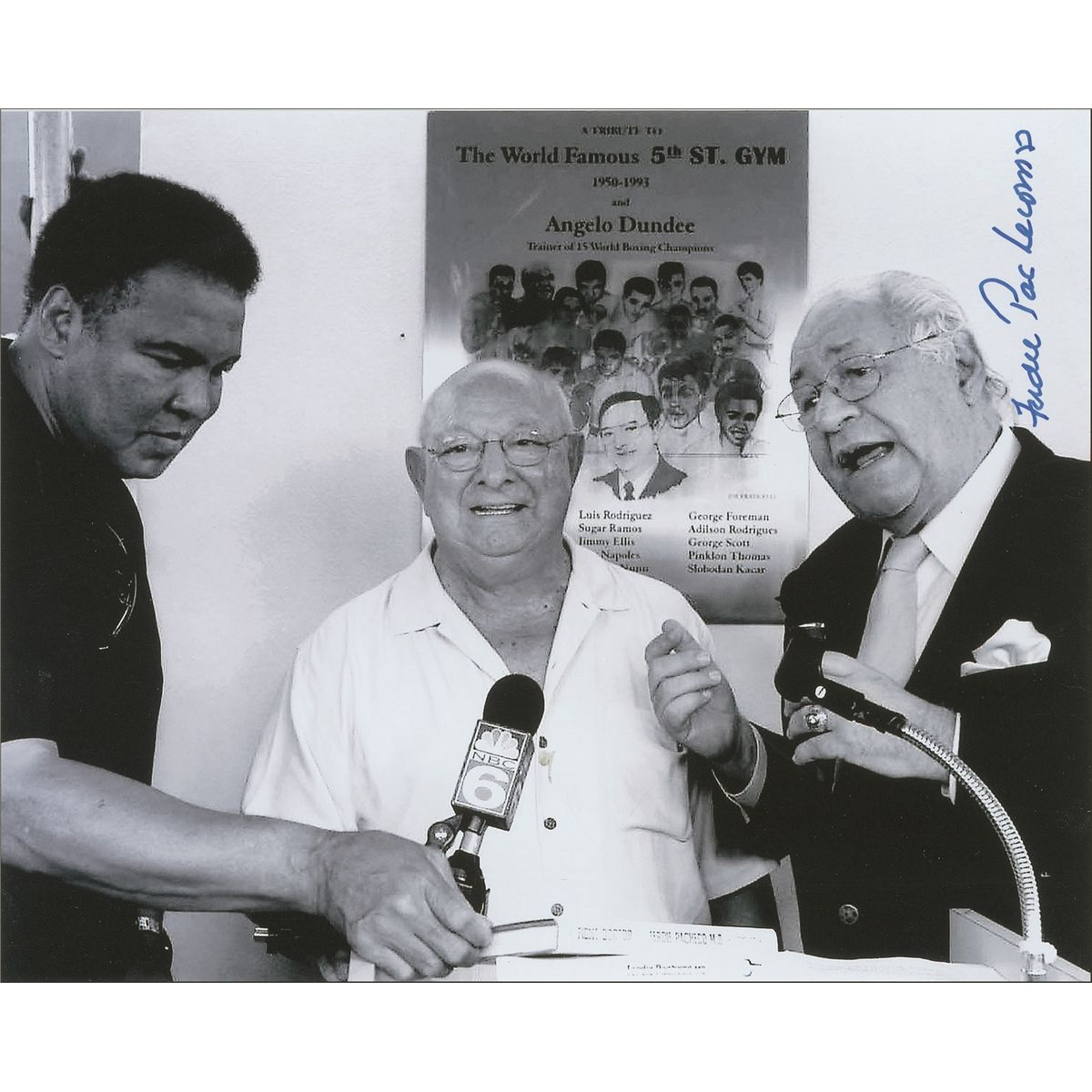 Photo of Boxing – 1974 – Opposing Cornermen Dr Pacheco + Archie Moore Remember The Rumble In The Jungle